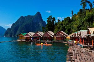 Khao Sok National Park rafthouses